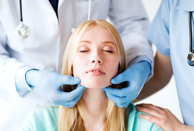 اهمیت نوع پوست در جراحی بینی | هزینه رینوپلاستی