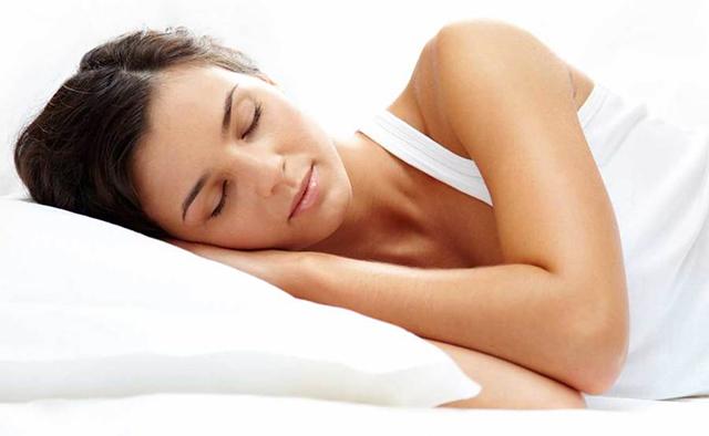 نحوه خوابیدن بعد از عمل بینی | هزینه عمل بینی در تهران